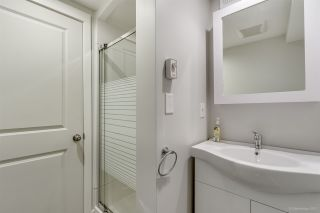 Photo 17: 1660 CHARLAND Avenue in Coquitlam: Central Coquitlam House for sale : MLS®# R2428560