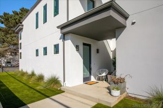 Photo 1: OCEAN BEACH House for sale : 4 bedrooms : 2269 Ebers St in San Diego