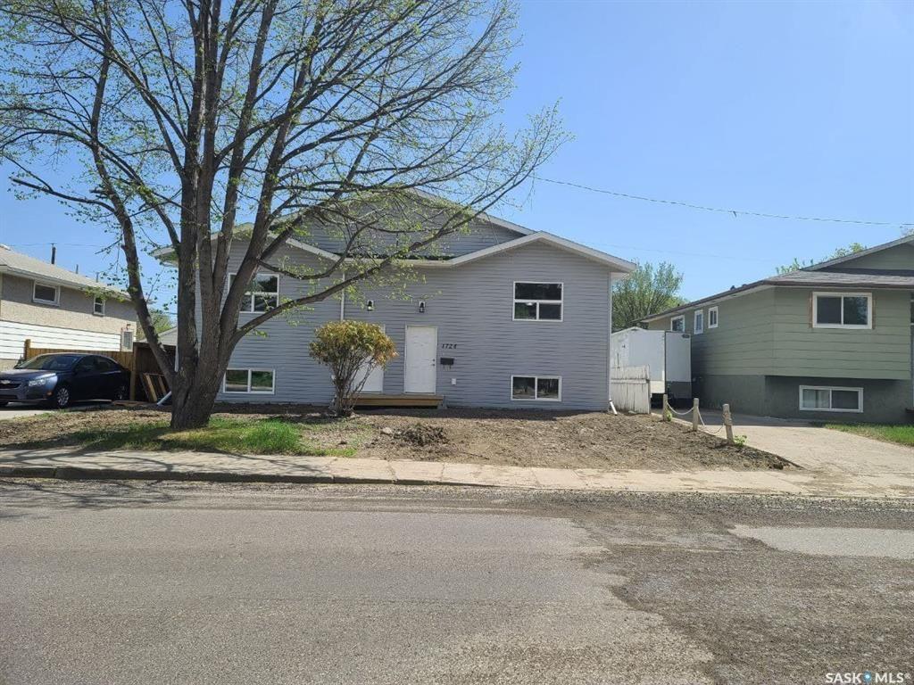 Main Photo: 1724/1726 C Avenue North in Saskatoon: Mayfair Residential for sale : MLS®# SK855068