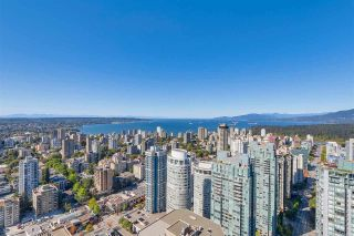 """Photo 10: 5102 1151 W GEORGIA Street in Vancouver: Coal Harbour Condo for sale in """"TRUMP TOWER"""" (Vancouver West)  : MLS®# R2230495"""