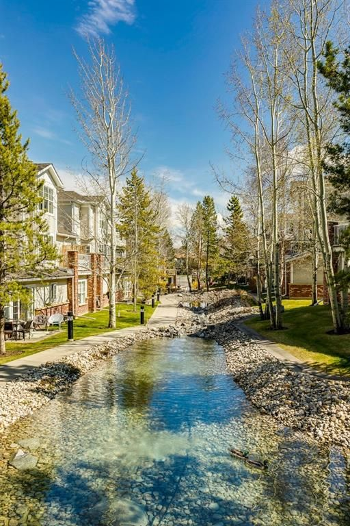 Photo 4: Photos: 3201 7171 Coach Hill Road SW in Calgary: Coach Hill Row/Townhouse for sale : MLS®# A1124017
