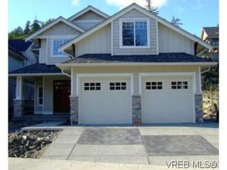 Photo 1: 2336 Echo Valley Dr in VICTORIA: La Bear Mountain House for sale (Langford)  : MLS®# 485548