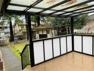Photo 3: 9886 156 Street in Surrey: Guildford House for sale (North Surrey)  : MLS®# R2541081