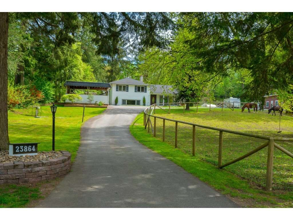 Main Photo: 23864 64 Avenue in Langley: Salmon River House for sale : MLS®# R2356393