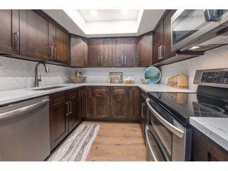 "Photo 4: 1451 MERKLIN Street: White Rock Townhouse for sale in ""Hazelmere"" (South Surrey White Rock)  : MLS®# R2366199"