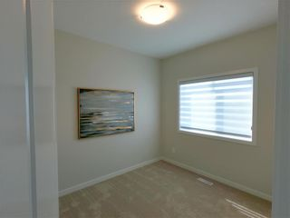 Photo 4: 25 Zimmerman Drive in Winnipeg: Charleswood Residential for sale (1H)  : MLS®# 202121732