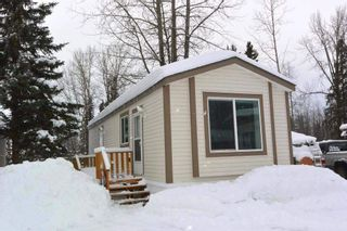 """Photo 1: 22 2123 RIVERSIDE Drive in Smithers: Smithers - Town Manufactured Home for sale in """"Riverside Park"""" (Smithers And Area (Zone 54))  : MLS®# R2325255"""
