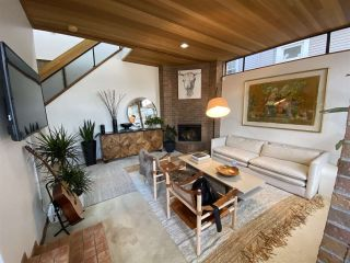 Photo 1: 1309 WALNUT Street in Vancouver: Kitsilano 1/2 Duplex for sale (Vancouver West)  : MLS®# R2519872