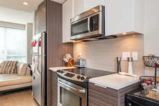 """Photo 10: TH3 13303 CENTRAL Avenue in Surrey: Whalley Condo for sale in """"THE WAVE"""" (North Surrey)  : MLS®# R2563719"""