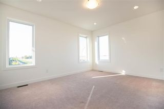 Photo 12: 10 Tweed Lane in Niverville: The Highlands Residential for sale (R07)  : MLS®# 1927670