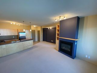 Photo 2: 309 69 Springborough Court SW in Calgary: Springbank Hill Apartment for sale : MLS®# A1139050