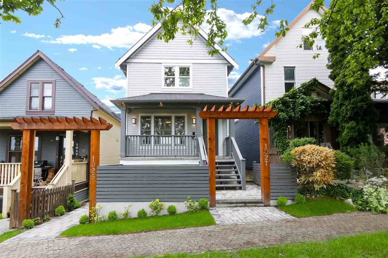 """Main Photo: 1027 KEEFER Street in Vancouver: Strathcona House for sale in """"Keefer Station"""" (Vancouver East)  : MLS®# R2462430"""