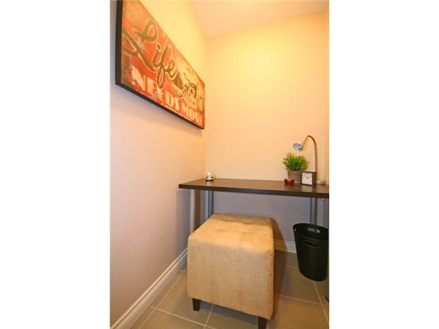 """Photo 8: Photos: 105 2150 BRUNSWICK Street in Vancouver: Mount Pleasant VE Condo for sale in """"MOUNT PLEASANT PLACE"""" (Vancouver East)  : MLS®# V884597"""