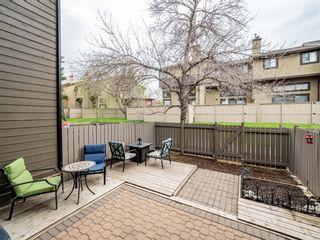 Photo 11: 20 23 Glamis Drive SW in Calgary: Glamorgan Row/Townhouse for sale : MLS®# A1108158