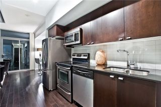 Photo 4: 706 105 The Queensway Avenue in Toronto: High Park-Swansea Condo for sale (Toronto W01)  : MLS®# W3921388
