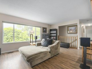 """Photo 5: 4050 WELLINGTON Street in Port Coquitlam: Oxford Heights House for sale in """"OXFORD HEIGHTS"""" : MLS®# R2365270"""
