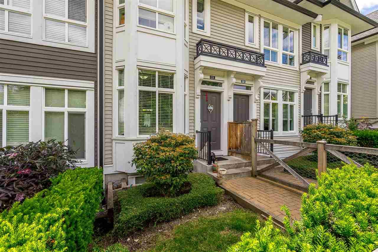 """Photo 4: Photos: 23 14433 60 Avenue in Surrey: Sullivan Station Townhouse for sale in """"BRIXTON"""" : MLS®# R2463220"""