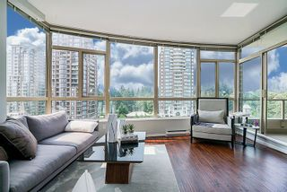 "Photo 2: 802 6838 STATION HILL Drive in Burnaby: South Slope Condo for sale in ""BELGRAVIA"" (Burnaby South)  : MLS®# R2196432"