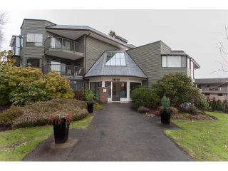 Photo 1: 209 14950 thrift Avenue in : White Rock Condo for sale (South Surrey White Rock)  : MLS®# R2131799