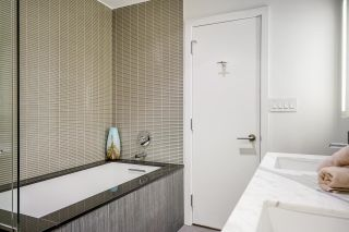 """Photo 35: PH7 777 RICHARDS Street in Vancouver: Downtown VW Condo for sale in """"TELUS GARDEN"""" (Vancouver West)  : MLS®# R2621285"""