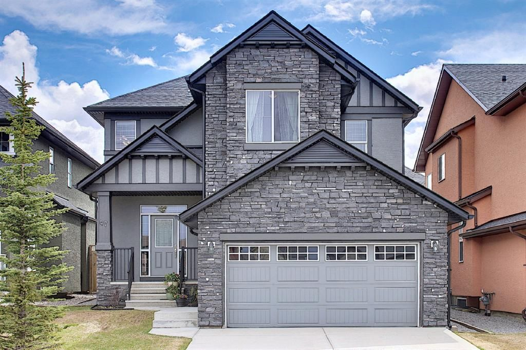 Main Photo: 47 ASPENSHIRE Drive SW in Calgary: Aspen Woods Detached for sale : MLS®# A1106772