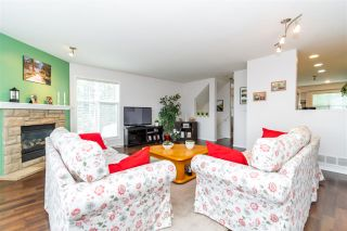 """Photo 3: 28 46906 RUSSELL Road in Chilliwack: Promontory Townhouse for sale in """"Russell Heights"""" (Sardis)  : MLS®# R2542440"""