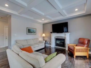 Photo 4: 3453 Hopwood Pl in Colwood: Co Latoria House for sale : MLS®# 878676