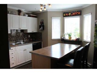 """Photo 2: # 3 12188 HARRIS RD in Pitt Meadows: Central Meadows Townhouse for sale in """"WATERFORD PLACE"""" : MLS®# V965726"""