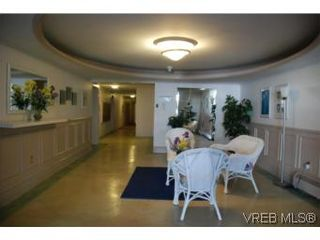 Photo 14: 304A 2040 White Birch Rd in SIDNEY: Si Sidney North-East Condo for sale (Sidney)  : MLS®# 497201