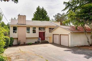 Photo 2: 13688 COLDICUTT Avenue: White Rock House for sale (South Surrey White Rock)  : MLS®# R2535776