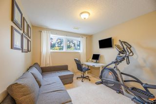 Photo 19: 2819 42 Street SW in Calgary: Glenbrook Detached for sale : MLS®# A1149290