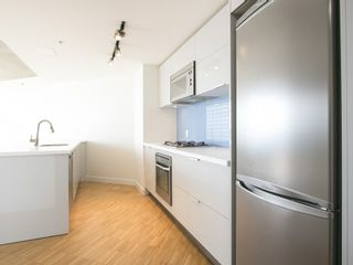 Photo 9: 3607 128 CORDOVA STREET in Vancouver West: Downtown VW Home for sale ()  : MLS®# R2082750