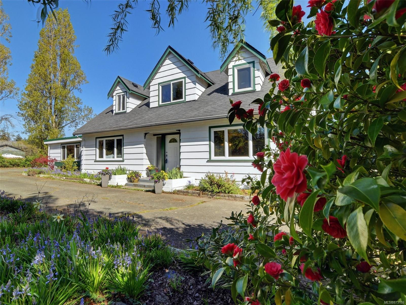 Main Photo: 1890 Mills Rd in : NS Sandown House for sale (North Saanich)  : MLS®# 873159