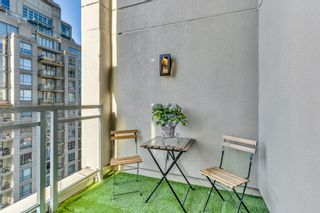Photo 7: 1804 1238 Richards Street in Vancouver: Yaletown Condo for sale