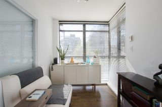 """Photo 15: 309 828 CARDERO Street in Vancouver: West End VW Condo for sale in """"FUSION"""" (Vancouver West)  : MLS®# R2376130"""