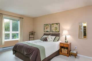 "Photo 11: 201 106 W KINGS Road in North Vancouver: Upper Lonsdale Condo for sale in ""Kings Court"" : MLS®# R2214893"