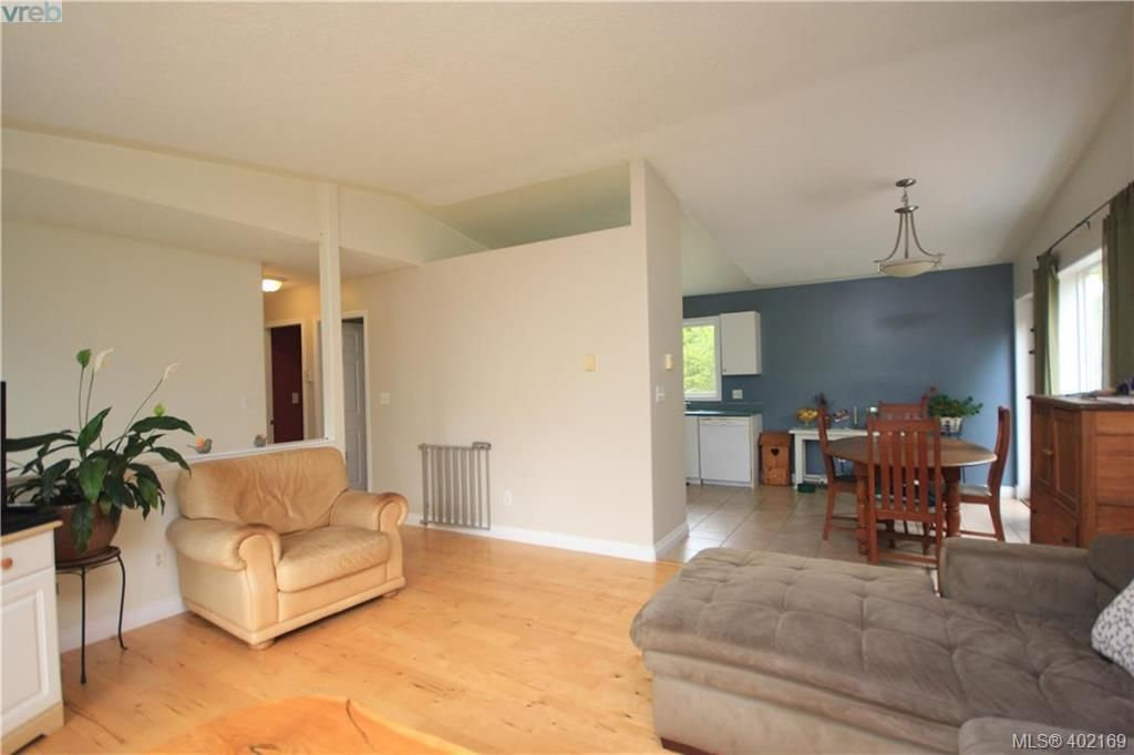 Photo 7: Photos: A 10113 West Coast Rd in SHIRLEY: Sk French Beach House for sale (Sooke)  : MLS®# 802526