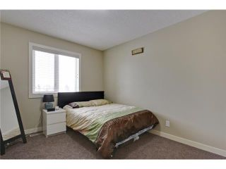 Photo 15: 212 25 Avenue NW in Calgary: Tuxedo Residential Attached for sale : MLS®# C3651686