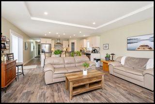 Photo 3: 37 3350 Northeast 10 Avenue in Salmon Arm: EVERGREEN MHP House for sale (NE Salmon Arm)  : MLS®# 10181497