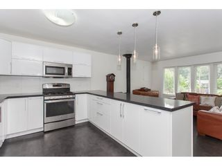 Photo 10: 7902 BURDOCK STREET in Mission: Mission BC House for sale : MLS®# R2182900