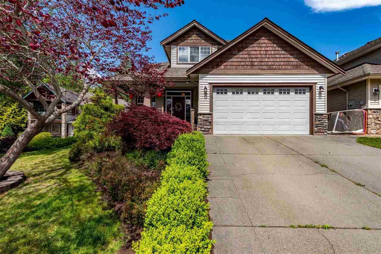 Main Photo: 46001 BRIDLE RIDGE Crescent in Chilliwack: Promontory House for sale (Sardis)  : MLS®# R2583413