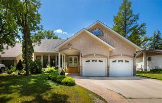 Photo 2: 662 McIvor Avenue in Winnipeg: North Kildonan Residential for sale (3G)  : MLS®# 202118378