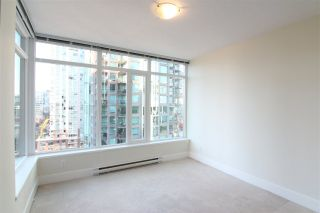 Photo 5: 1801 888 HOMER STREET in Vancouver: Downtown VW Condo for sale (Vancouver West)  : MLS®# R2217954
