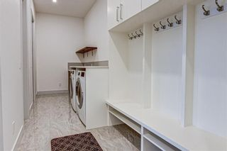 Photo 17: 907 31 Avenue NW in Calgary: Cambrian Heights Detached for sale : MLS®# A1095749