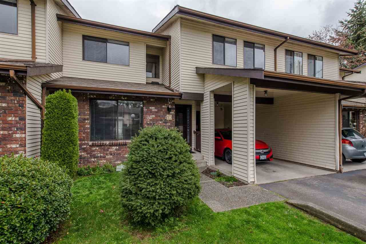 """Main Photo: 10 33951 MARSHALL Road in Abbotsford: Central Abbotsford Townhouse for sale in """"Arrowwood Village"""" : MLS®# R2319685"""