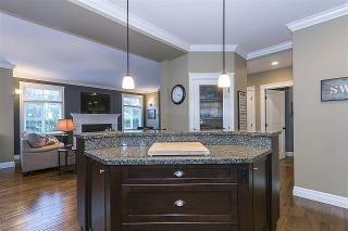 """Photo 8: 1 3800 GOLF COURSE Drive in Abbotsford: Abbotsford East House for sale in """"GOLF COURSE DRIVE"""" : MLS®# R2141485"""