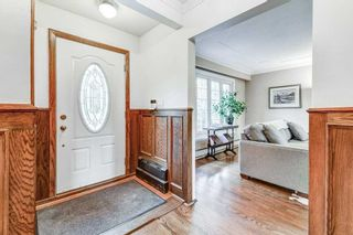 Photo 7: 50 S Grenview Boulevard in Toronto: Stonegate-Queensway House (1 1/2 Storey) for sale (Toronto W07)  : MLS®# W5323220