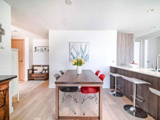 """Photo 10: 706 2221 E 30TH Avenue in Vancouver: Victoria VE Condo for sale in """"KENSINGTON GARDENS BY WESTBANK"""" (Vancouver East)  : MLS®# R2511988"""