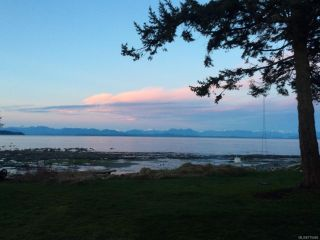 Photo 13: 3777 S ISLAND S Highway in CAMPBELL RIVER: CR Campbell River South House for sale (Campbell River)  : MLS®# 775066