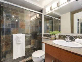 """Photo 14: 204 36 E 14 Avenue in Vancouver: Mount Pleasant VE Condo for sale in """"Rosemont Manor"""" (Vancouver East)  : MLS®# R2166015"""